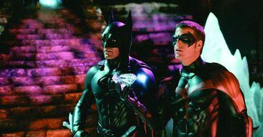 George Clooney przeżywa męczarnie, oglądając Batman i Robin. Mówi też o zaskakujących stawkach za role