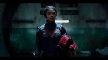 Nowa Batwoman - plakat z superbohaterką z 2. sezonu