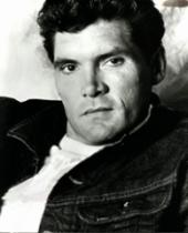 Everett McGill