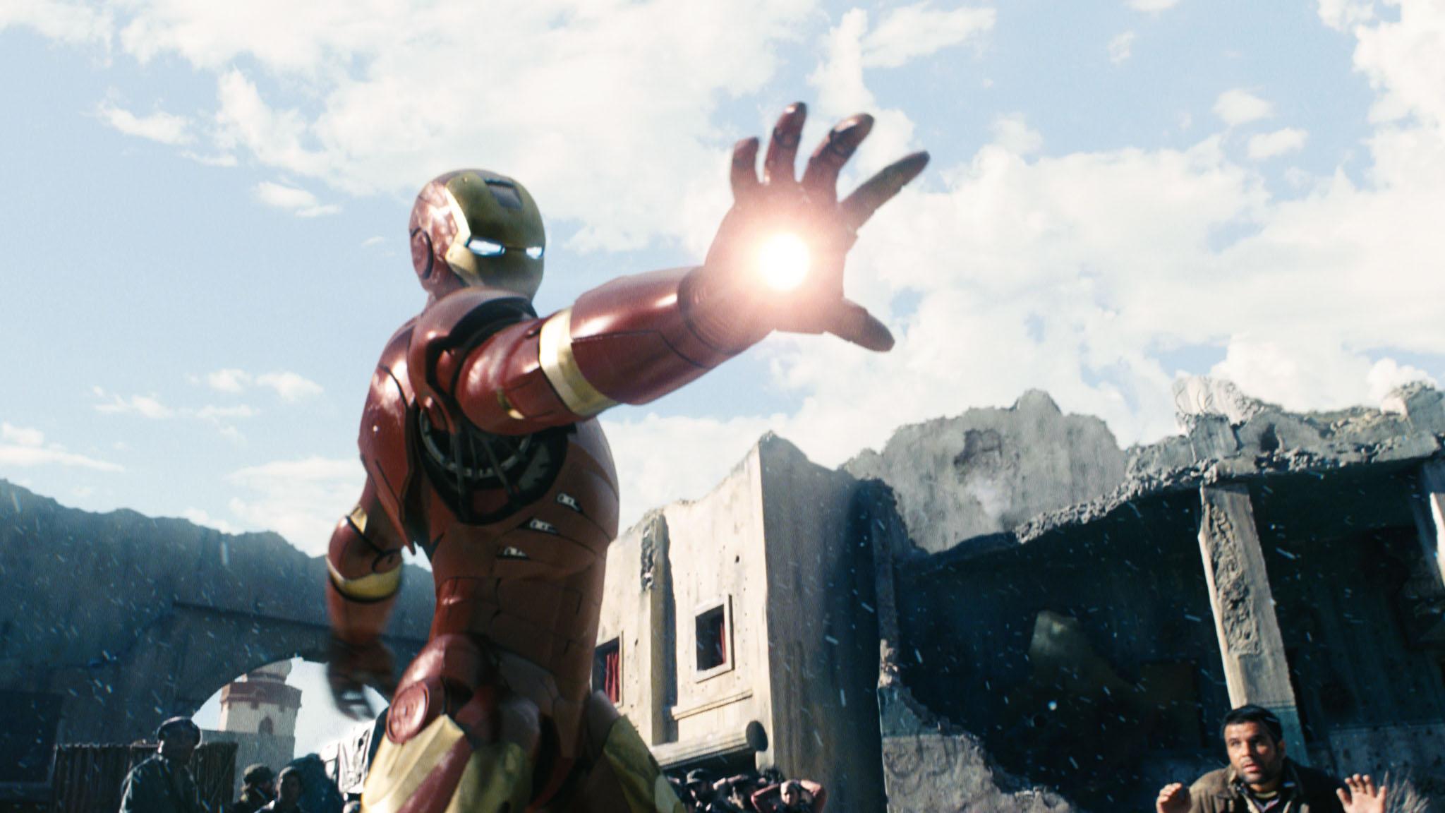 """Najlepsze walki Iron Mana w MCU; 10. Pierwsza misja z filmu """"Iron Man"""""""