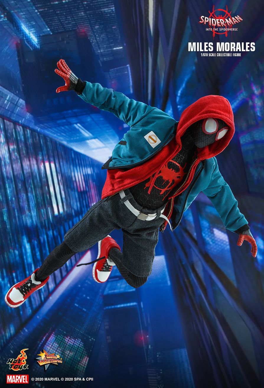 Spider-Man Uniwersum - Miles Morales (figurka Hot Toys)